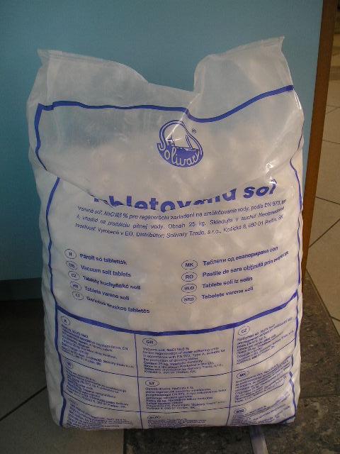 tablettázott só medence vízlágyítás